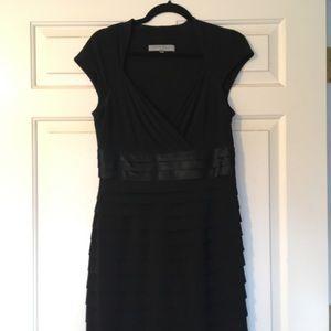 Anne Klein Sz 6 Black Dress